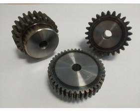 Engrenage à moyeu - Acier à denture traitée- Module 3 - Pas de 9.42mm